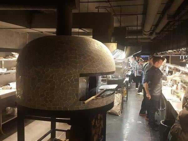 Печь на дровах для пиццерии