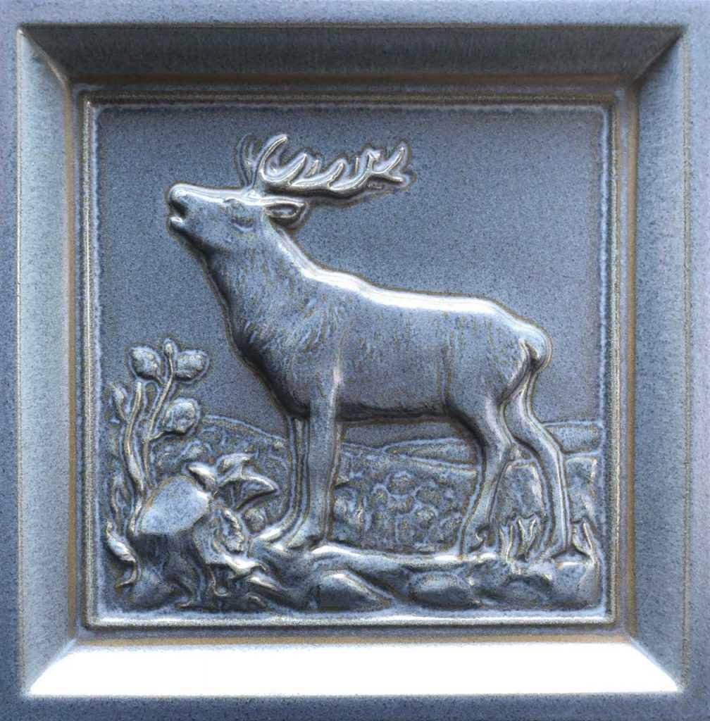 Изразец с рисунком оленя