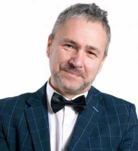 Александр Казарин